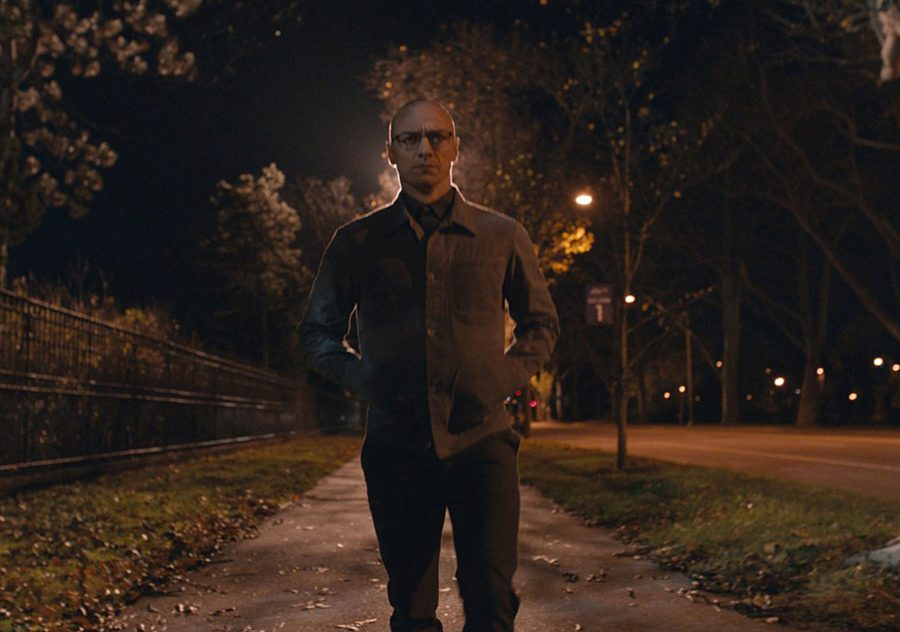 M.+Night+Shyamalan%27s+most+recent+directorial+effort+%22Split%22+seems+to+be+a+return+to+form%2C+boasting+a+73+percent+approval+rating+on+Rotten+Tomatoes.+