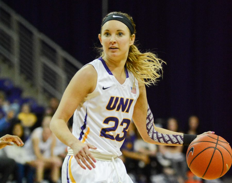 WBB defeated by DePaul in tournament