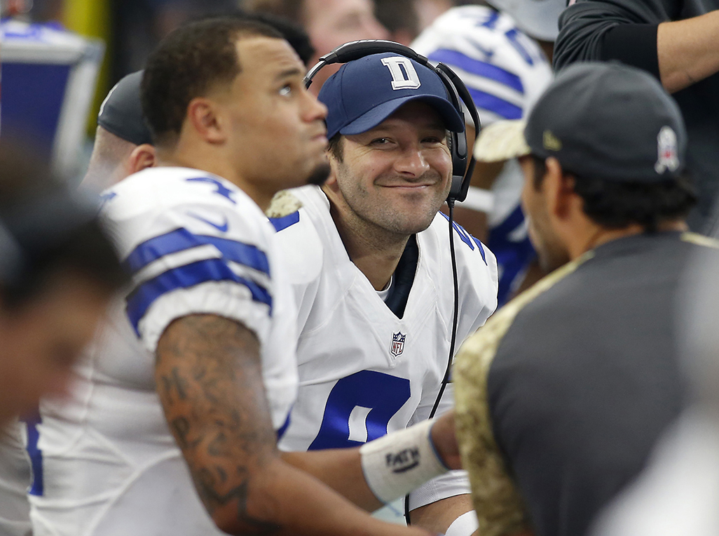 Tony Romo (9) does not hide his emotions after the Cowboys beat the Ravens at home, 27-17.