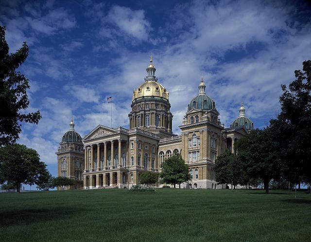 Capitol+building+in+Des+Moines%2C+Iowa