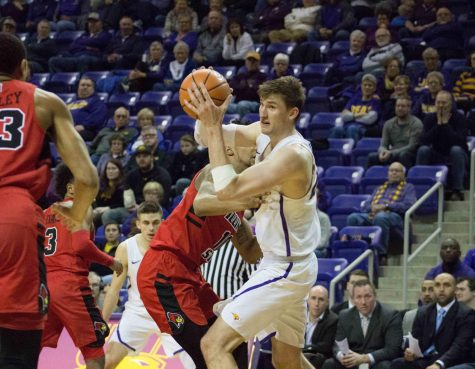 Panthers fall to the Redbirds, 79-75
