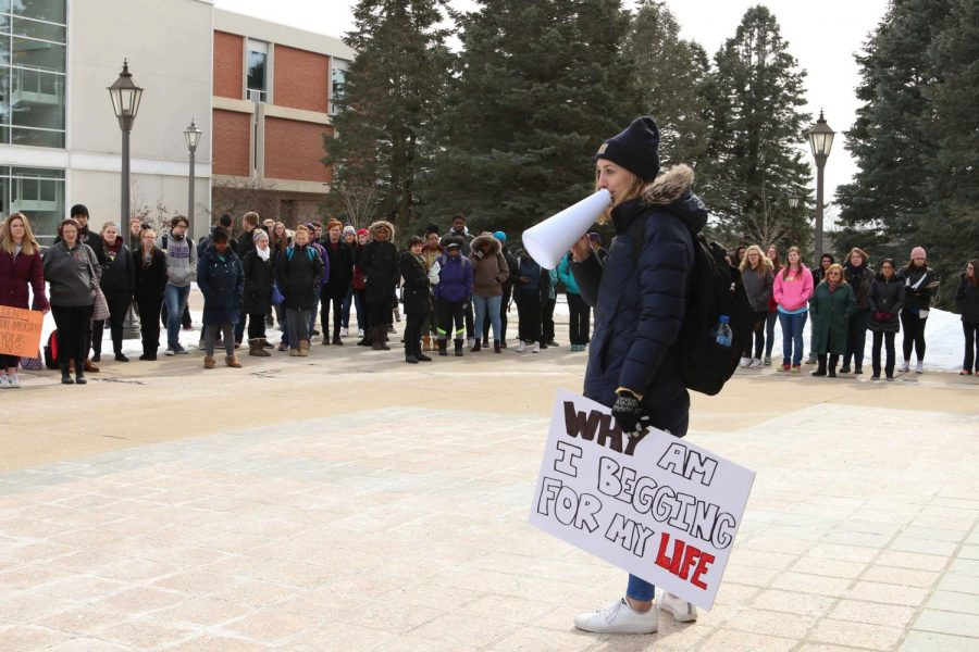 Students walk out for gun control
