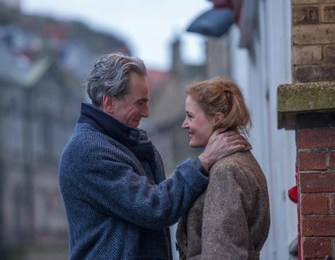 'Phantom Thread' weaves tale of toxic love