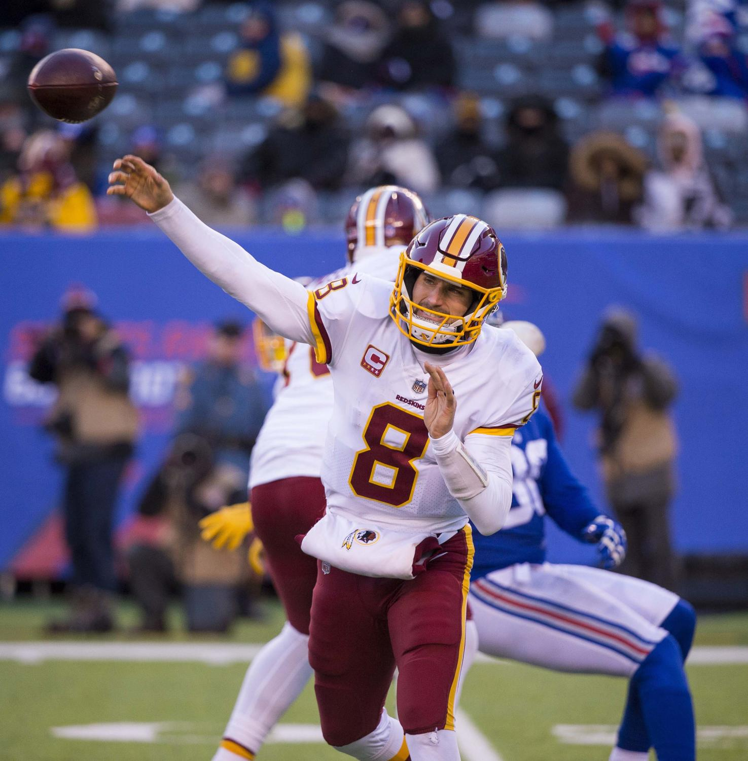 Kirk Cousins throws against the New York Giants.