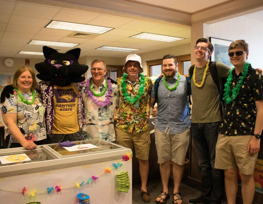 Tropical celebration day at UNI