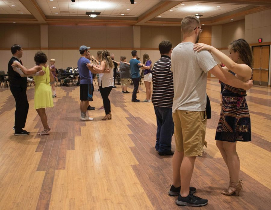 Richard+Leipold%2C+senior+movement+and+exercise+science+major%2C+taught+East+Coast+swing+and+waltz+lessons+for+UNI+Ballroom%2FSwing%27s+annual+Welcome+Ball+last+Saturday%2C+Aug.+18.+UNI+Ballroom%2FSwing+provides+free+lessons+every+Tuesday+and+Thursday+from+7-8+P.M.