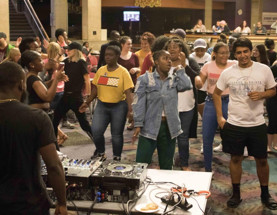 Despite rainy weather, hundreds of students gathered in the Maucker Union on Monday, Aug. 20 for food and entertainment hosted by the newly renamed Office of Diversity, Inclusion, and Social Justice.