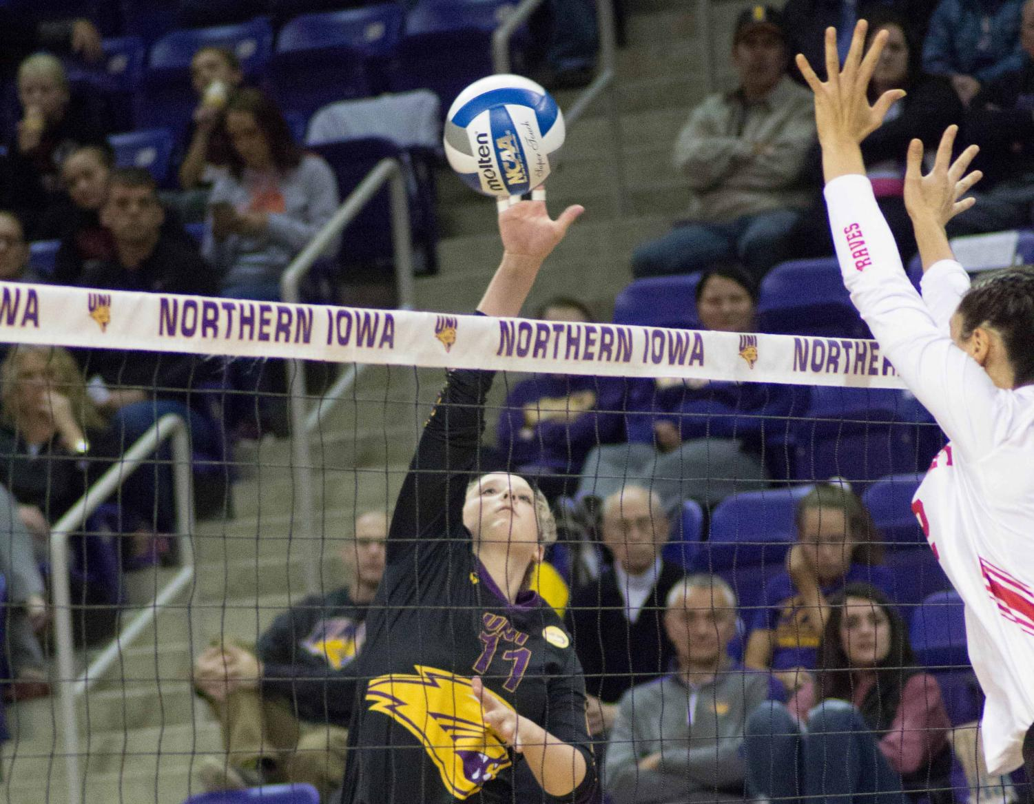 The UNI volleyball team took over sole possession of first place in the Missouri Valley Conference on Saturday night with their 3-1 win over the Bradley Braves.