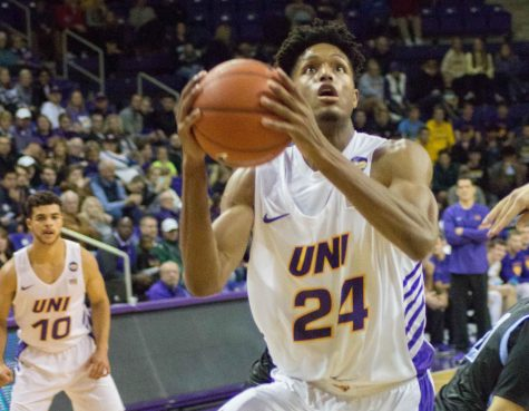 UNI defeats Bemidji State; fall at Texas-Arlington