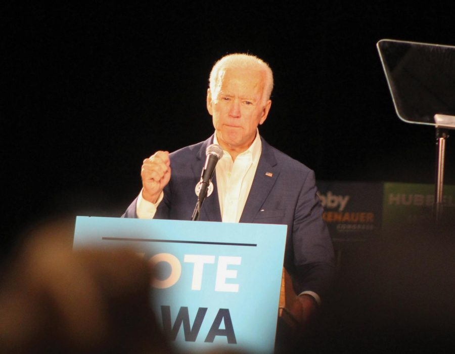 Former VP visits Iowa ahead of elections