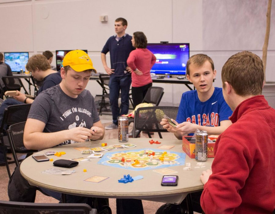 Panther+eSports%2C+Panther+Tabletop+Gaming+and+Dueling+Panthers+are+partnering+to+host+UNI-Con+on+Saturday%2C+Nov.+10+in+Maucker+Union.