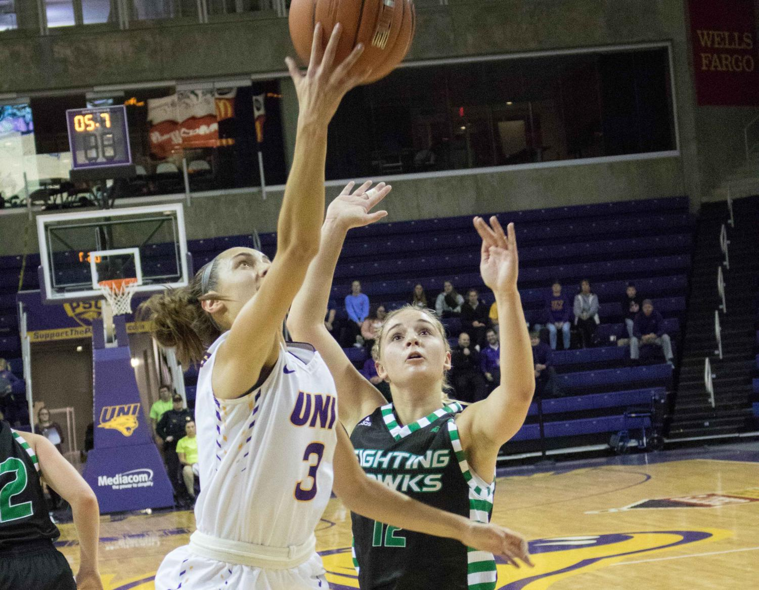The Panther women's basketball team notched wins over the IUPUI Jaguars and North Dakota Fighting Hawks over the past week.