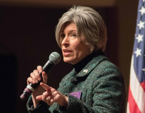Ernst visits UNI for town hall