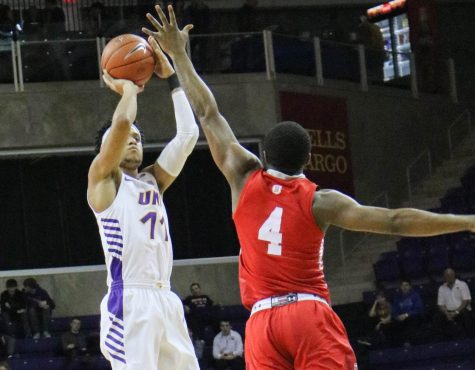 Panthers defeat Purple Aces