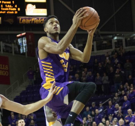 Panther men win four straight
