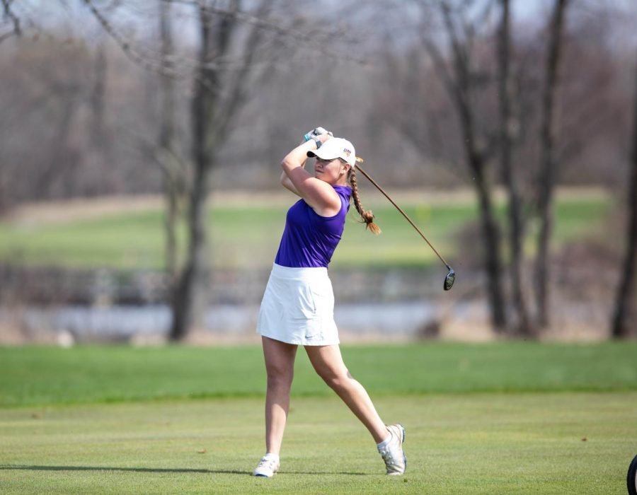 Women's golf places 2nd in MVC