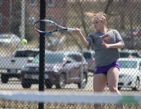 Tennis falls to Bradley, looks toward tournament