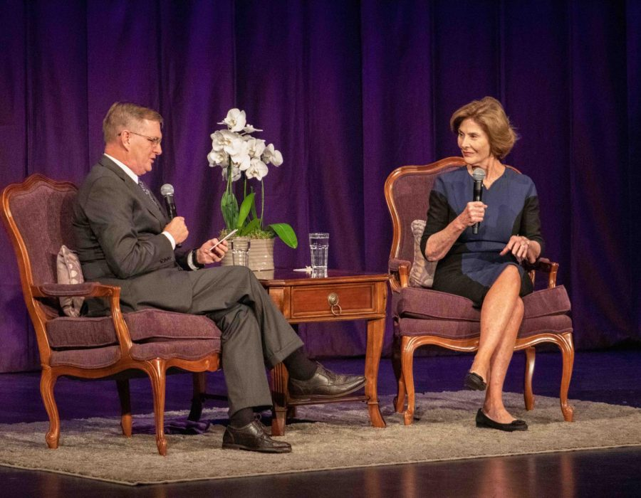 Former+U.S.+First+Lady+Laura+Bush+answers+questions+from+UNI+President+Mark+Nook+during+her+Joy+Cole+Corning+Lecture+on+Wednesday%2C+Oct.+9.