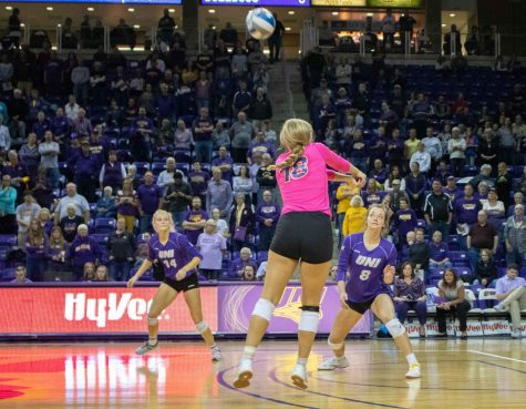Panthers drop Bulldogs in 3 sets