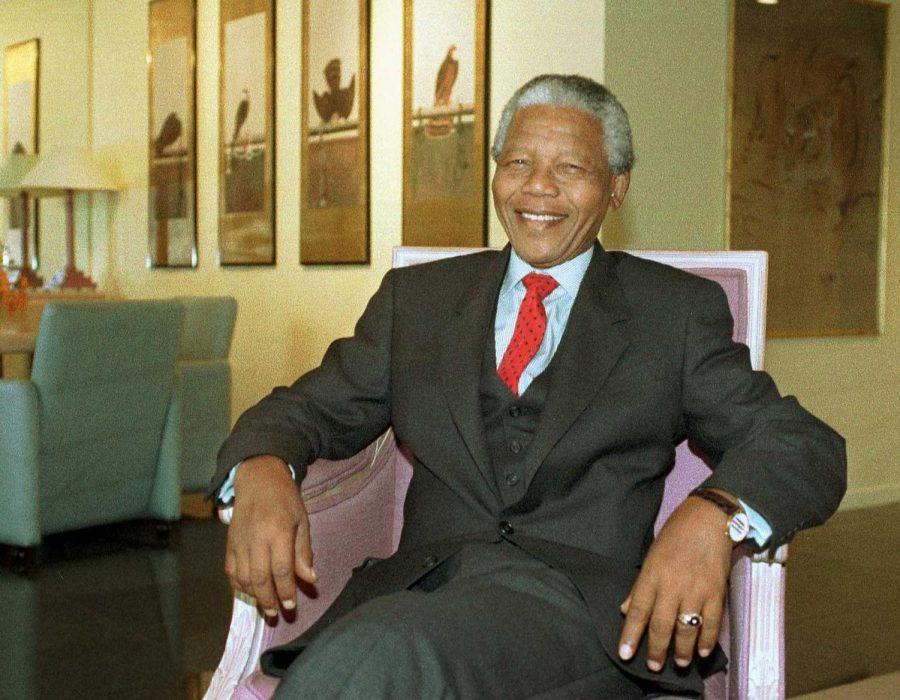Opinion+Columnist+Emerson+Slomka+discusses+the+idea+of+the+Mandela+Effect%2C+the+phenomenon+used+to+describe+false+memories.