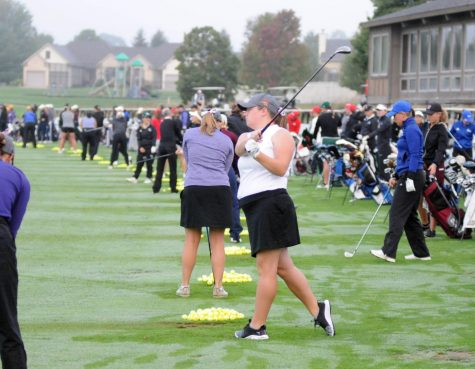 Women's golf place first at MVC Preview