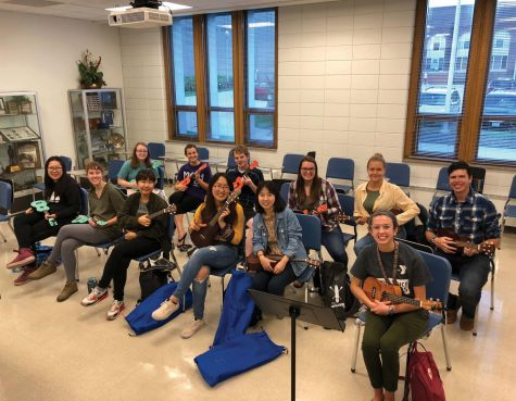 No 'frets' for UNI Ukulele Club