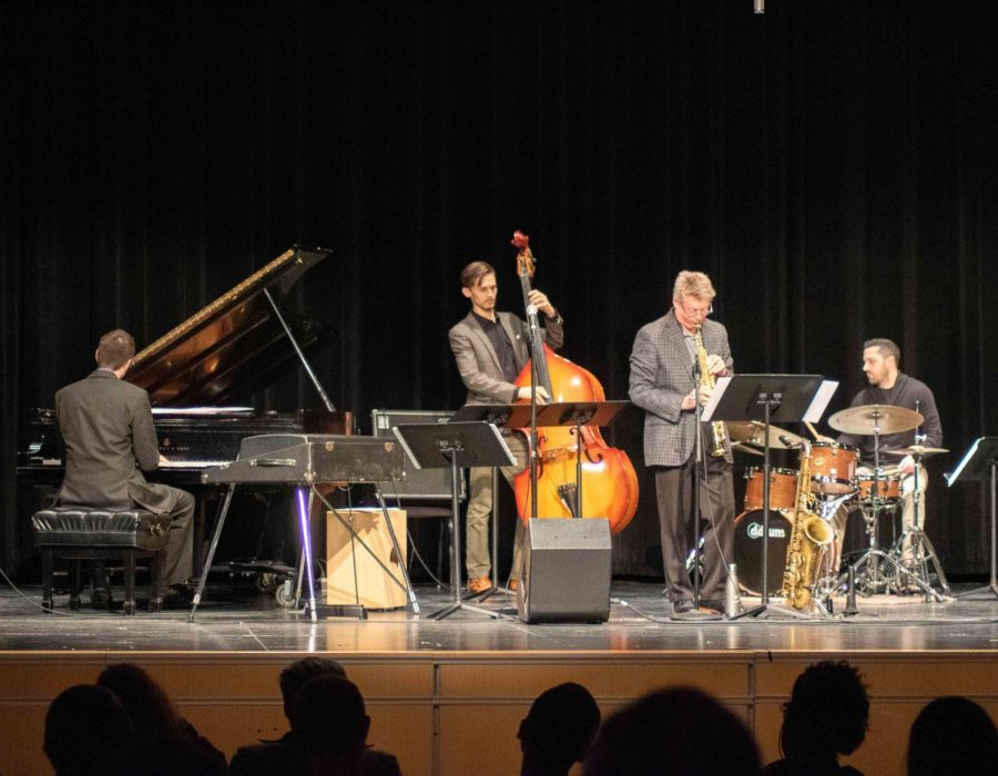 Faculty+and+guest+artist+ensemble+Christopher%E2%80%99s+Very+Happy.+Band.+performed+a+concert+in+Russell+Hall+on+Friday%2C+Jan.+24.