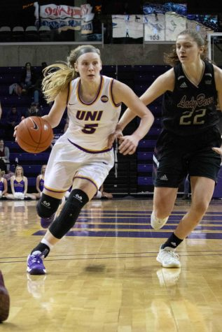 Panthers split in Indiana against Indiana State, Evansville