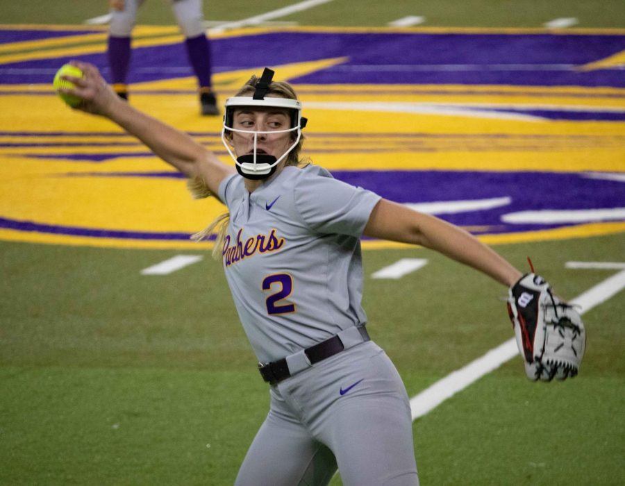 UNI takes final two games of UNI-Dome Classic
