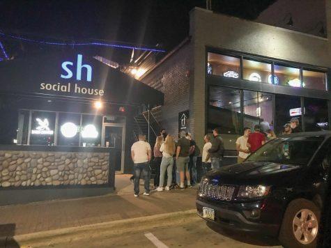 Bars reopen in Black Hawk County