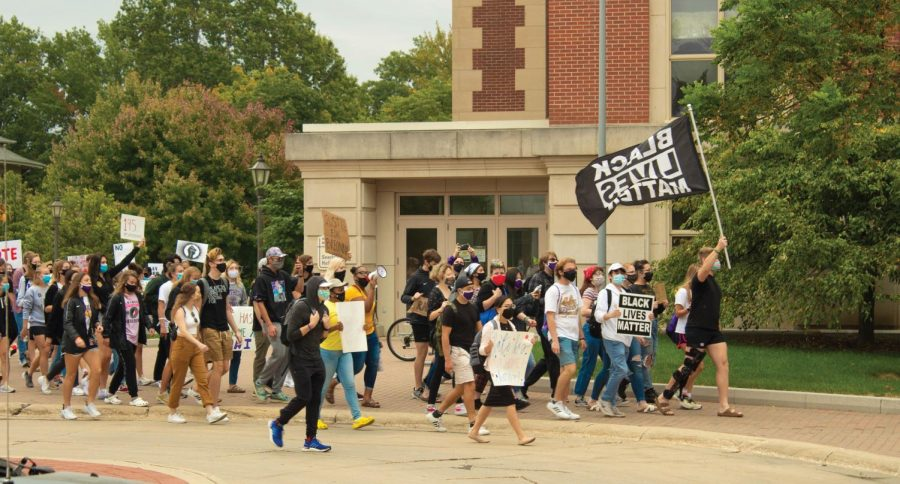 In light of recent decision in the Breonna Taylor case, UNI students organized a march on campus.