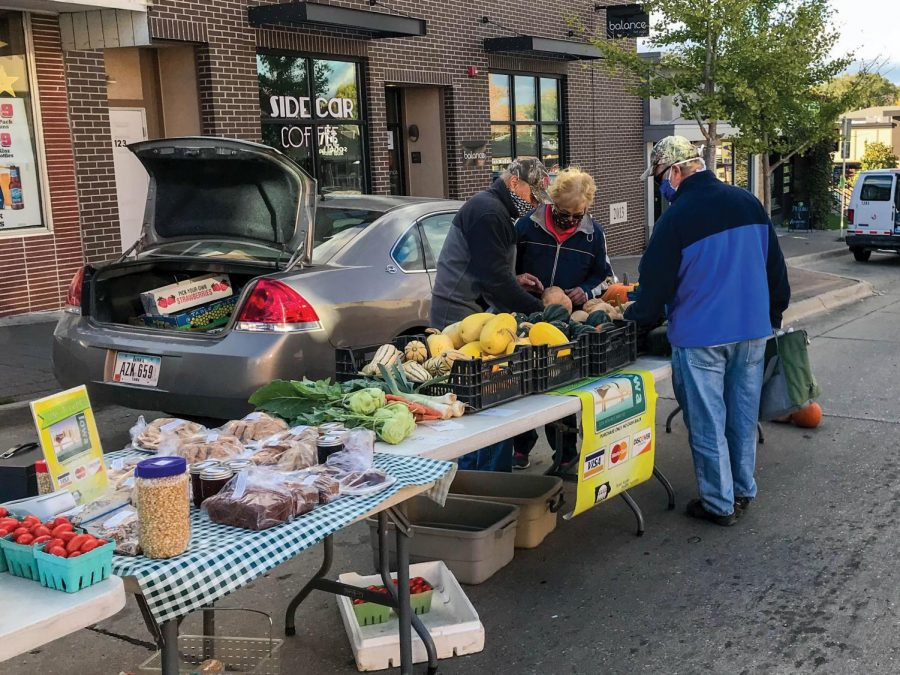 Consumers gathered at the College Hill Farmers Market with took places on Oct. 1.