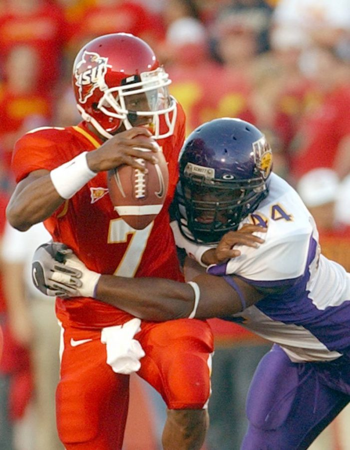 Iowa State quarterback Bret Meyer tries to escape the Panther defense.