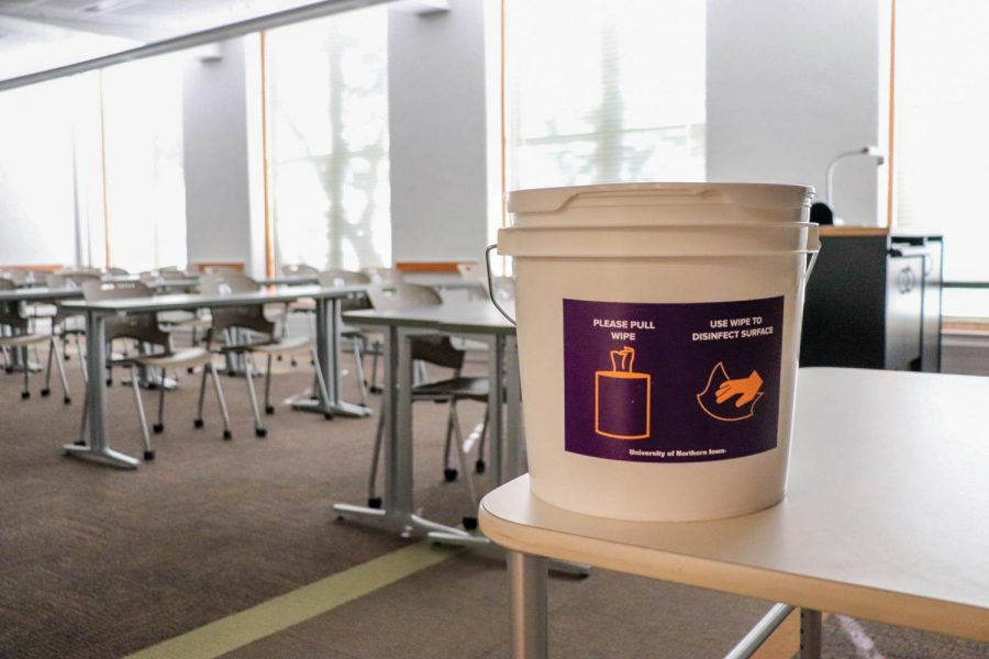 Some UNI professors have shifted their classes to virtual delivery at the end of the semester in the face of rising rates of COVID-19.