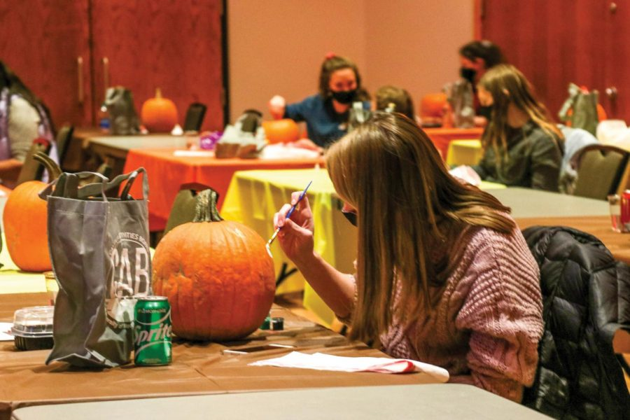Students gathered in the Maucker Union ballroom for the annual CAB Fall Fest.