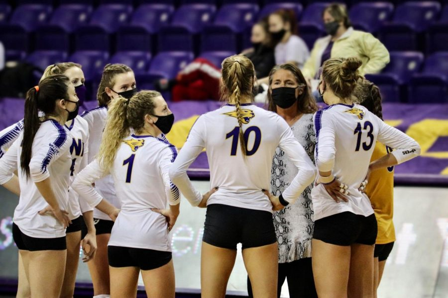 The+UNI+volleyball+team+has+had+a+rough+start+to+the+season+so+far%2C+losing+their+first+five+games+in+2021.+