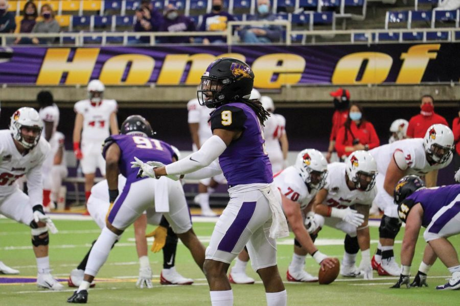 UNI defense back Benny Sapp III looks to the sidelines before a play in the Panther's game against Illinois State.