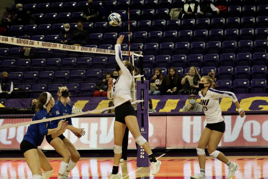UNI split their two games with Loyola-Chicago on Sunday and Monday. Their record on the season is now 7-11 overall and 7-7 in MVC play.