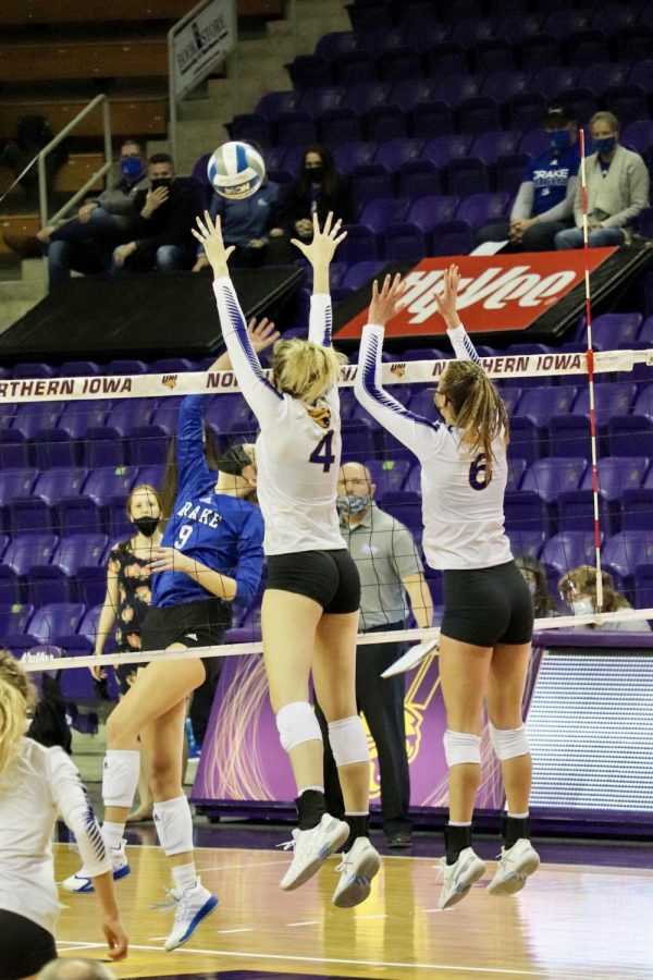The UNI volleyball team dropped both games over the weekend to Valparaiso, moving their conference record to 5-7 and their overall record to 6-10.