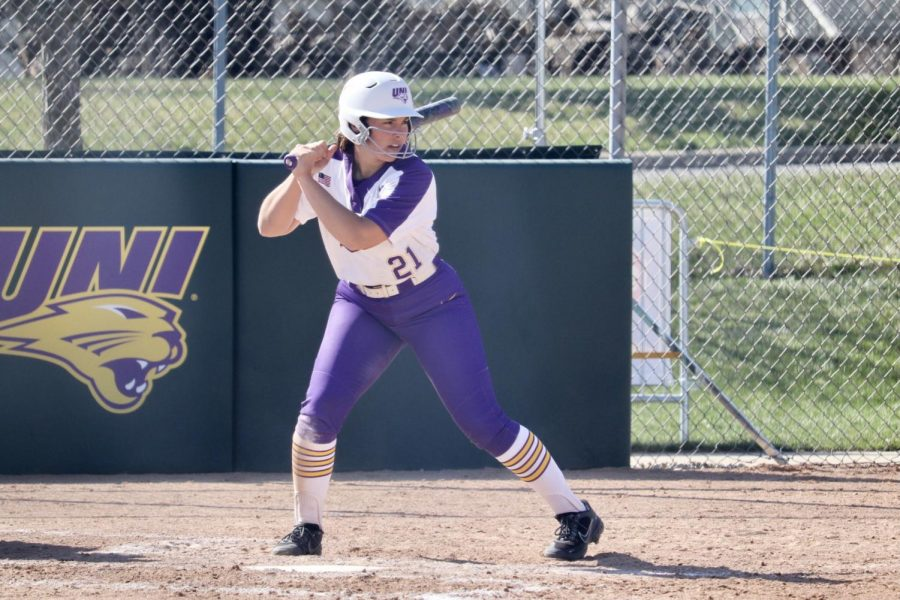 The Panthers split their two games with in-state rival Drake on Tuesday, winning 2-1 in the first game and losing 9-1 in the second game.