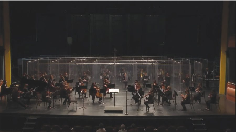 The+Northern+Iowan+Symphony+Orchestra+presented+a+spring+concert+performance+in+a+socially-distanced+GBPAC+on+Tuesday%2C+April+20.