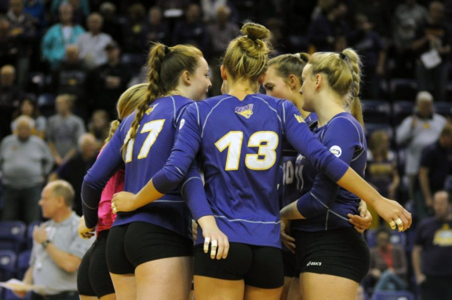 UNI+opened+the+2021+volleyball+season+in+Green+Bay%2C+Wis.+for+the+UW-Green+Bay+tournament.+The+Panthers+won+two+of+the+three+games+they+played+in+over+the+weekend.+