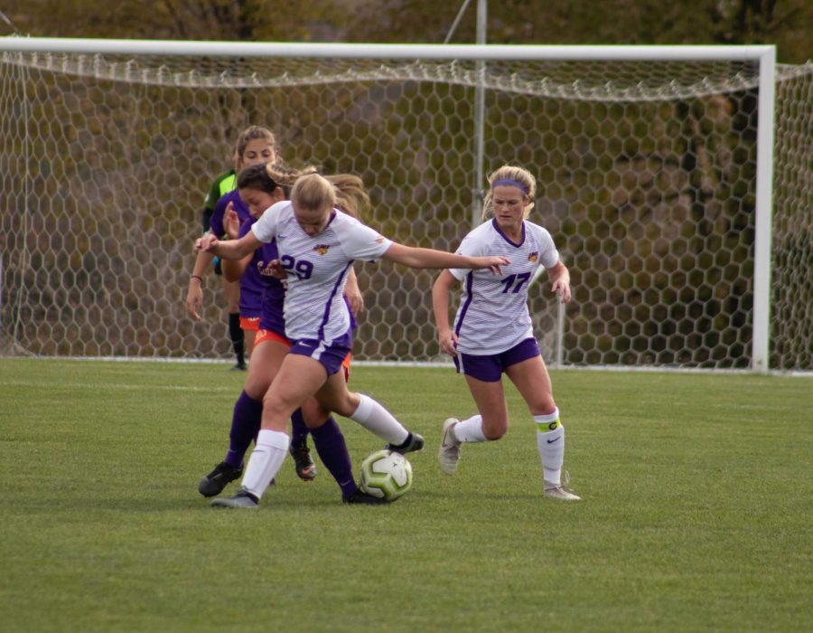 The UNI womens soccer team fell to Western Illinois in overtime on Sunday by a score of 4-3. UNI moves to 1-2-1 on the season and will play their next two matches at home.