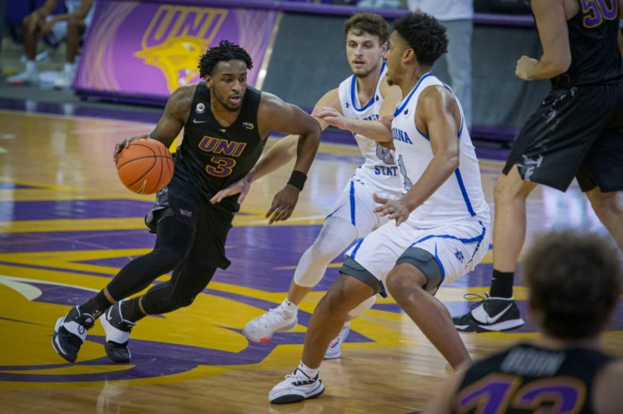 The UNI mens basketball will return several key players from a year ago, including AJ Green and Tywhon Pickford (pictured aboce).